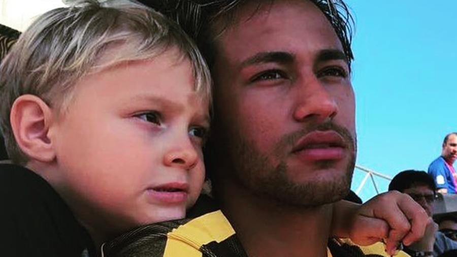Neymar e o filho David Lucca