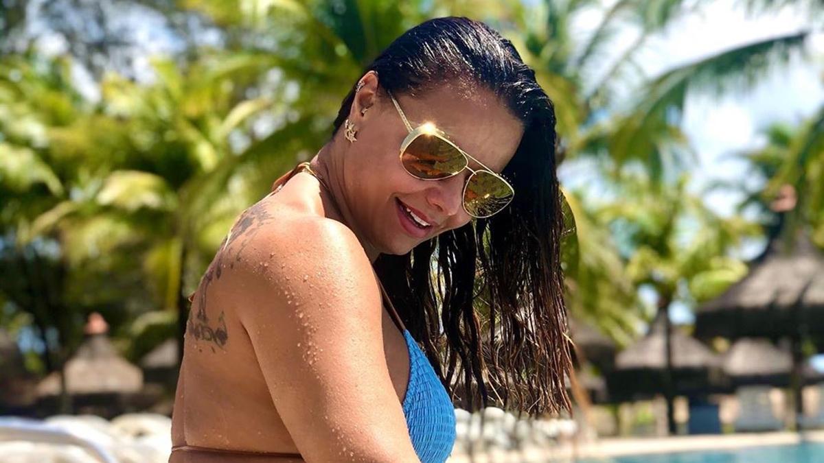 Viviane-Araujo